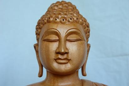 buddhakopfstatue